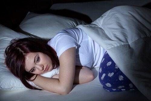 Jente får ikke sove