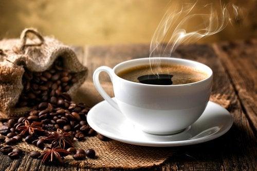 Kaffe kan forverre kolitt
