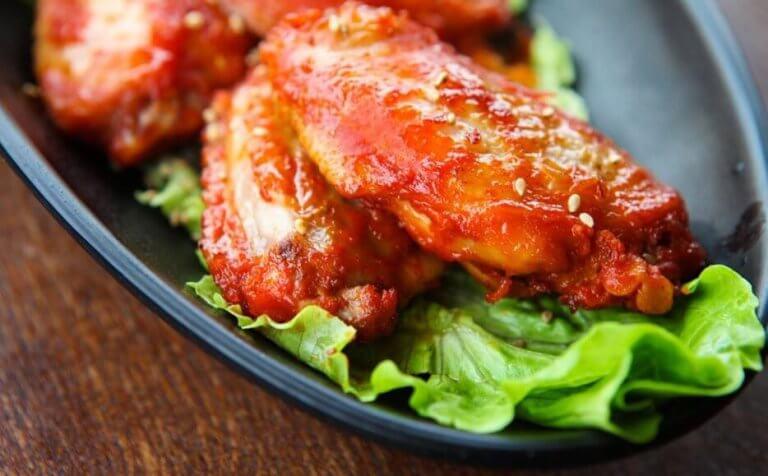 Kyllingvinger i BBQ-saus