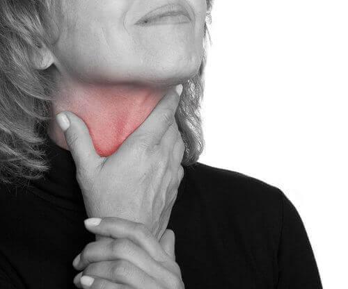 Langvarig sår hals