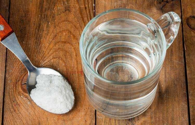 Saltbasert remedie