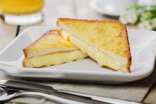 Sandwich med ost