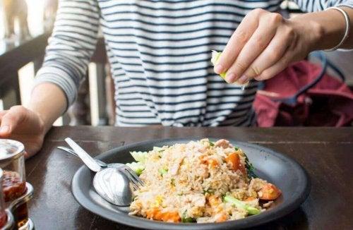 3 måter å lage hjemmelaget ris på
