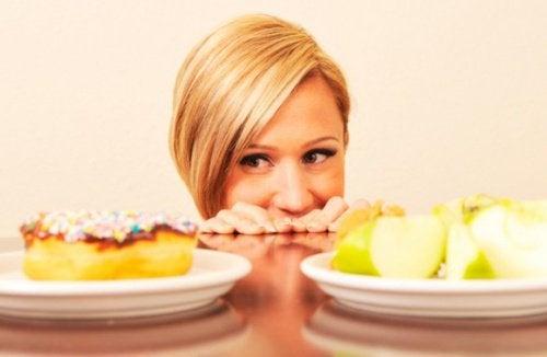 Kvinne vil spise usunn mat