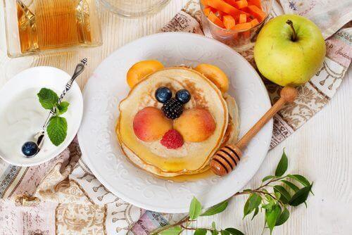 5 matvarer du bør styre unna i frokosten til barna dine