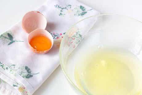 De fantastiske fordelene med eggehviter for huden din