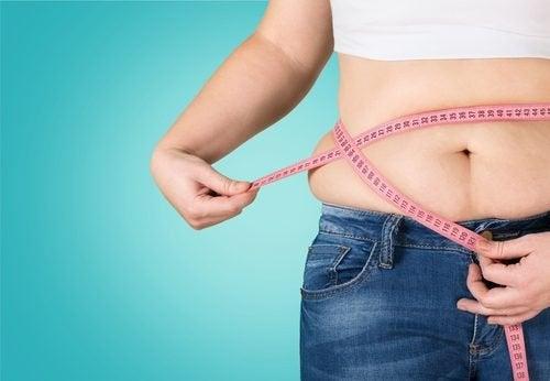 Fem naturlige fettforbrennende teer for vekttap