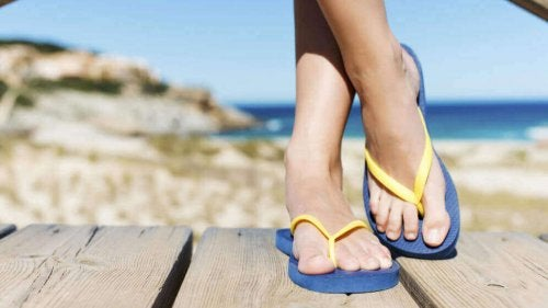 Mulige fotproblemer forårsaket av flipflopper