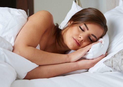 Ni måter å slappe av på før du skal sove