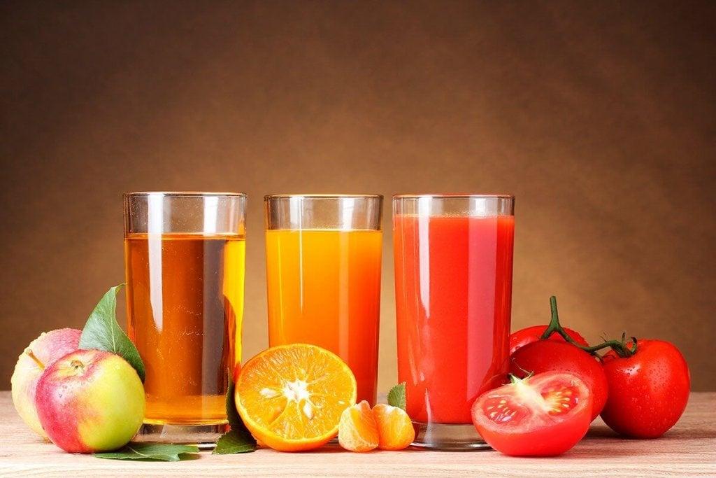 Frukt- og grønnsaksjuicer som vil hjelpe deg ned i vekt