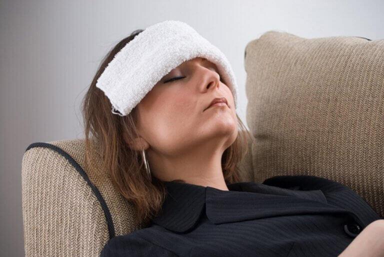 Kvinne med klut på hodet