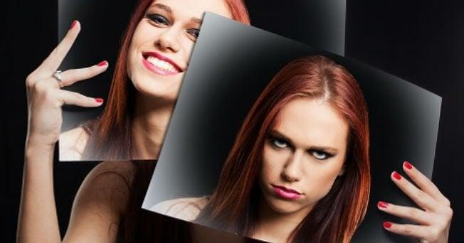 Glad og sint kvinne