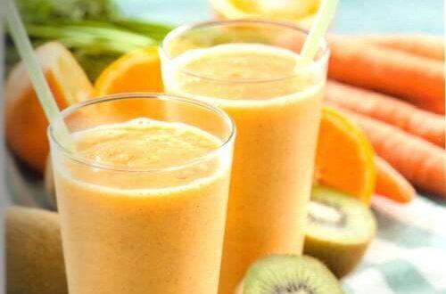 Appelsin- og kiwijuice