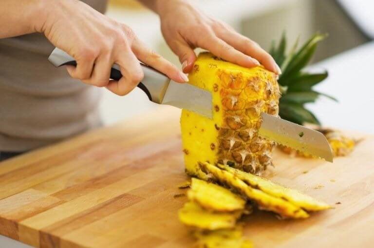 Prøv disse 5 ananasoppskriftene for å kurere forstoppelse
