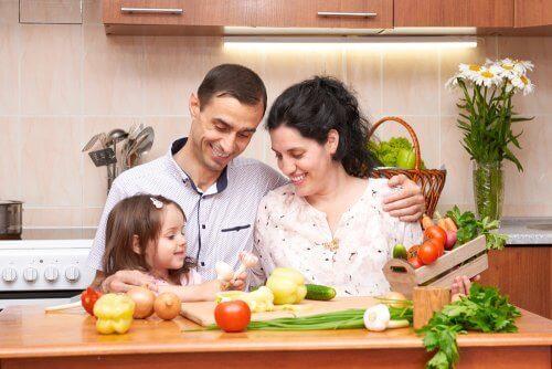 Familie med en sunn livsstil