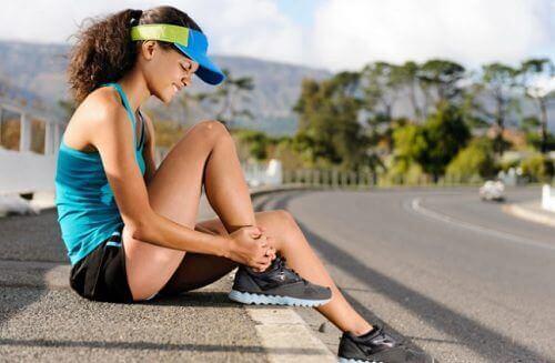 Kvinne med muskelsvakhet