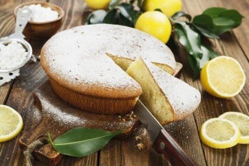 Lær hvordan du lager en utsøkt pai med sitronkrem