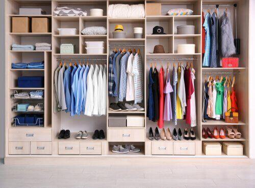 Lag dine egne klesarrangører med disse grunnleggende elementene
