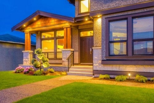 Syv måter å dekorere inngangspartiet til hjemmet ditt på