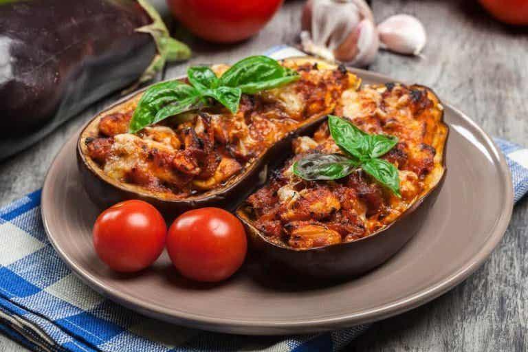 Utsøkt oppskrift på kjøttfylt aubergine