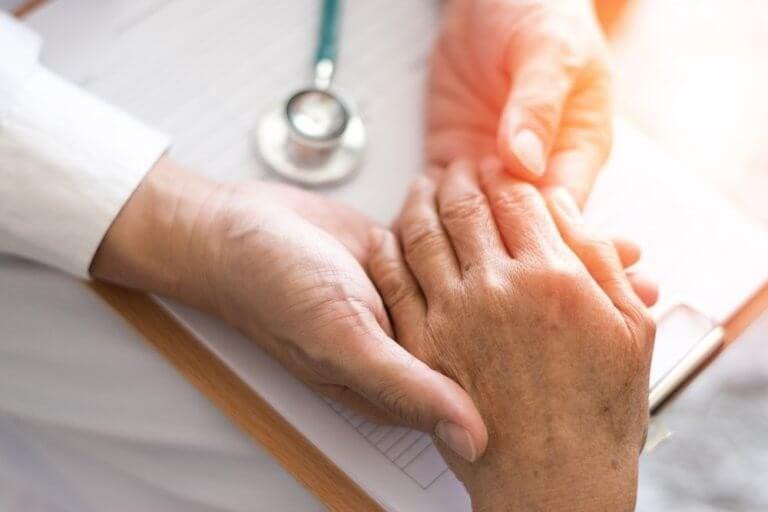 Lær å bekjempe artritt med naturlige remedier