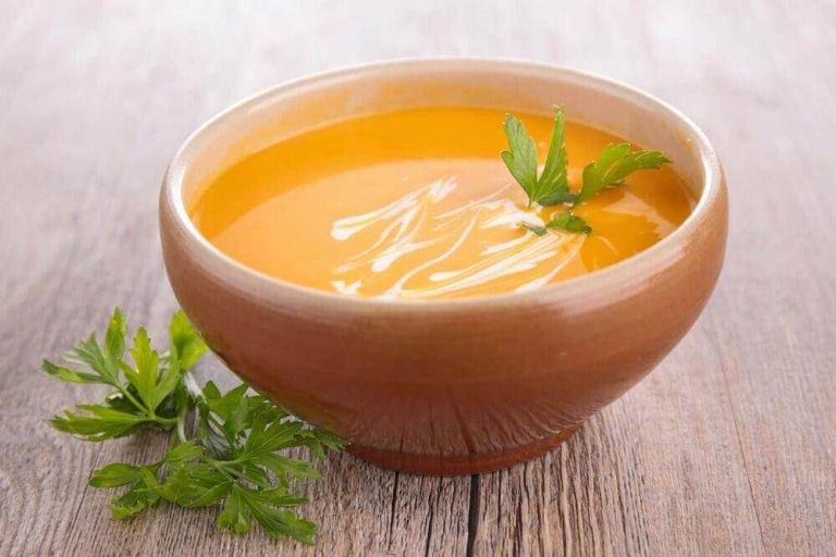 2 enkle måter å lage smakfull kremet gulrot på