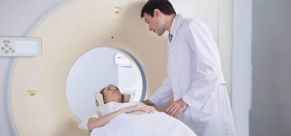 Aneurisme i hjernen sees ved en MR-undersøkelse