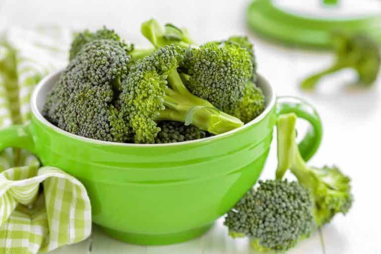 4 brokkolioppskrifter for en lett middag