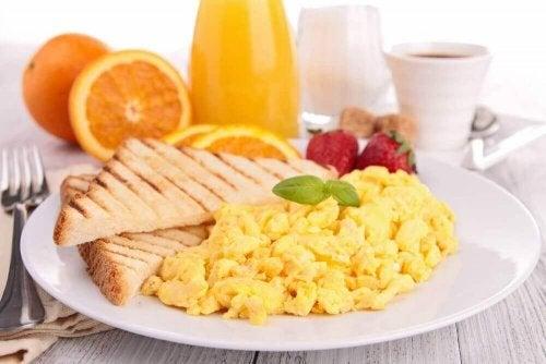 Sunn frokost med egg