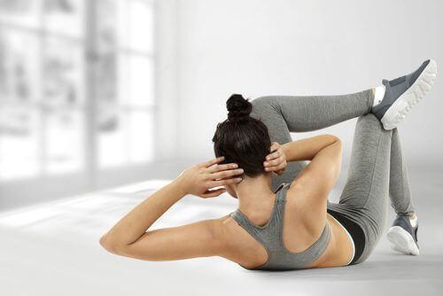 Lær deg fettforbrennende øvelser