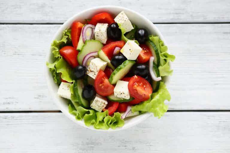 Overrask gjestene dine med en smakfull gresk salat