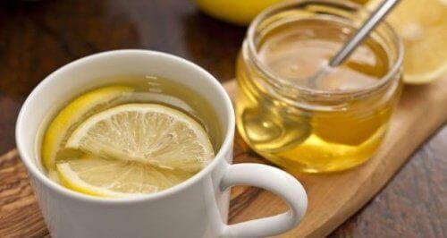 honning- og sitronte