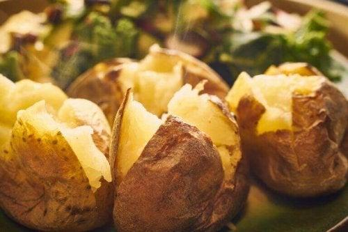 Ovnsbakte poteter 5 herlige oppskrifter