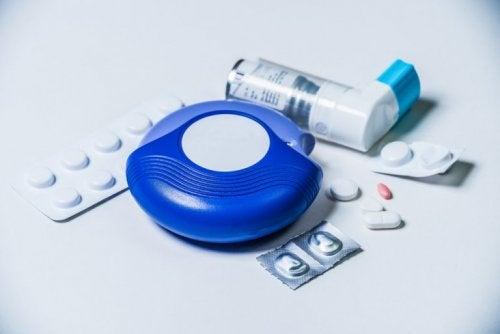 behandling og medisiner