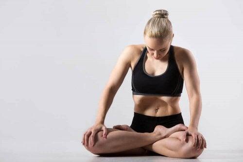 Ildpust som yoga-teknikk: 6 fordeler