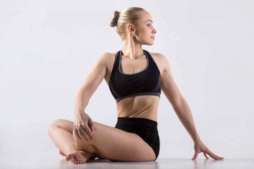 Yoga mot spenning i nakken