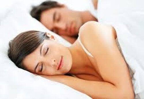 4 nyttige tips for å bekjempe søvnløshet