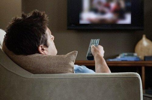 Trening kontra å bli hjemme i sofaen.