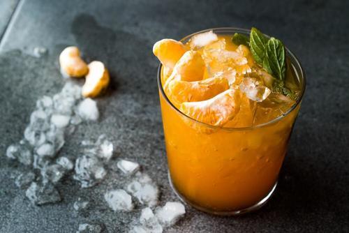 Deilige oppskrifter på tangerin-mojito for å kjøle deg ned