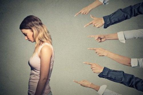 Hvordan kan man unngå å føle seg skyldig i alt?