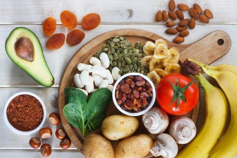 10 matvarer som er rike på kalium å legge til i kosten din