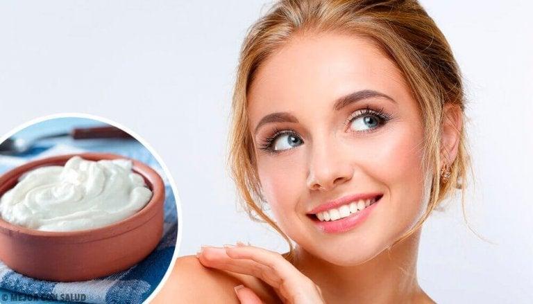 5 flotte ansiktsmasker for strålende hud
