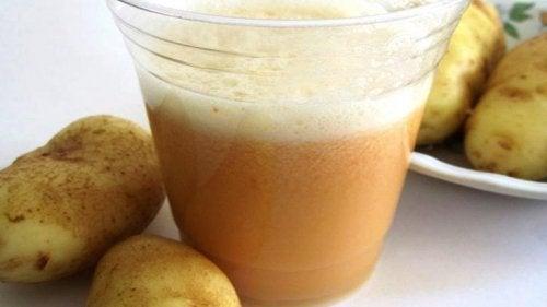 Et glass potetjuice