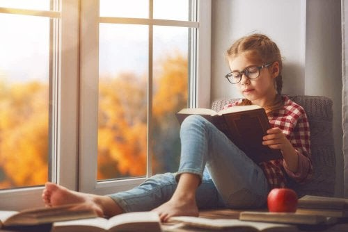 Hvordan oppmuntre barn til å elske å lese?