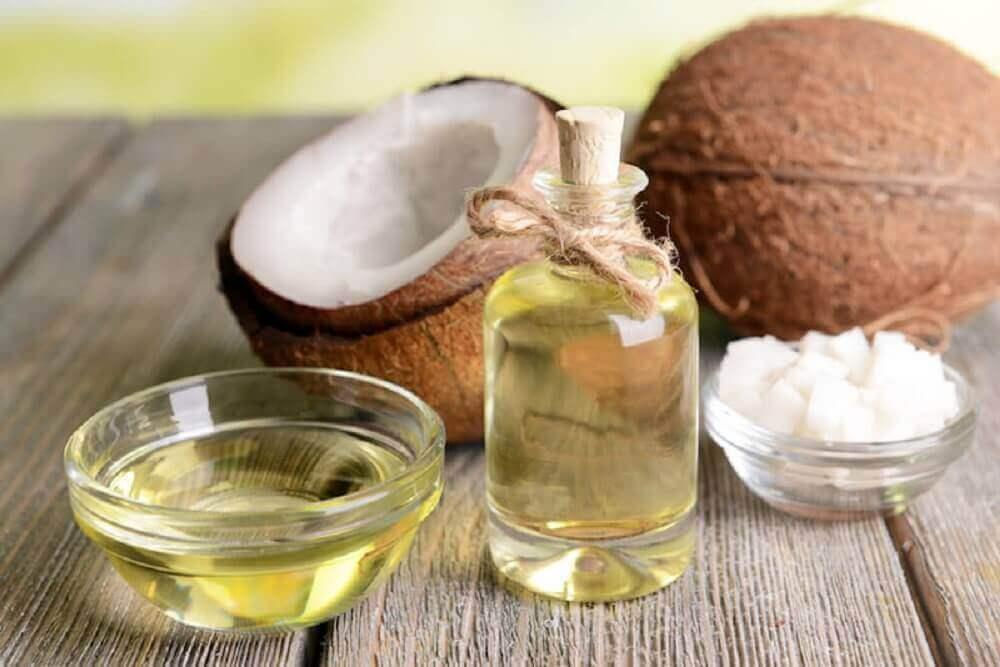 Kokosolje for behandling av tørr hud