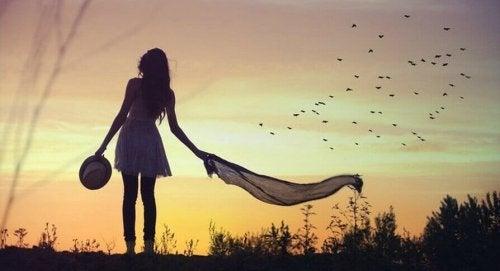 Kvinne alene - å overkomme skyld: mer enn bare arr