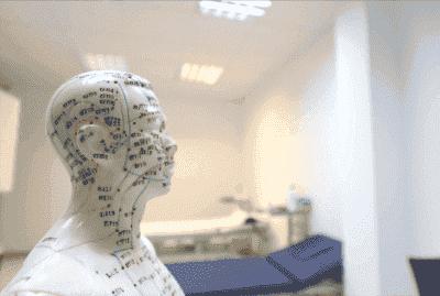 Øreakupunktur for å bekjempe Parkinsons sykdom