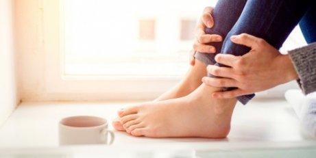 Fem behandlinger mot hovne ankler og føtter