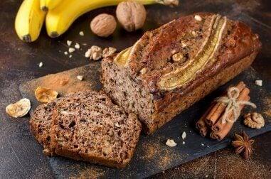 Prøv dette utsøkte bananbrødet med honning og kanel