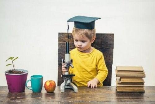 Hvordan kan man gjenkjenne et begavet barn?